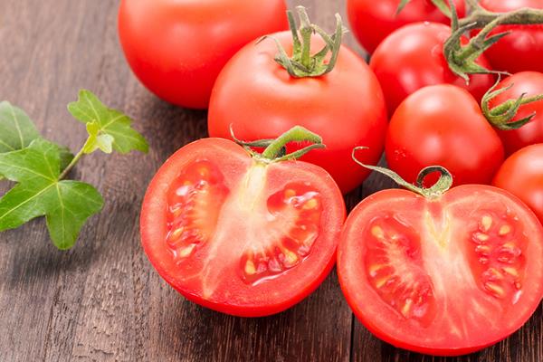 トマト・ミニトマト(分類:ナス科トマト属)